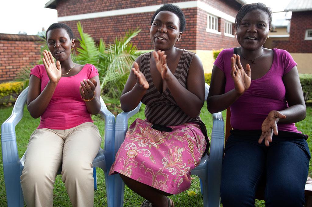 Africa-MenCareRwanda-women-web