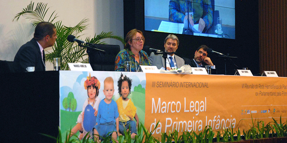 Panelists present at the Brasilia launch of State of the World's Fathers. Credit: Marçal